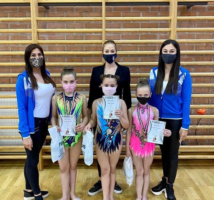 Győrben versenyeztek az RG-s lányok